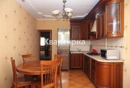 Квартира в Астрахани посуточно рядом с Кардио Центром ул. Валерии Барсовой 14